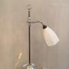 Vintage bureaulamp met opaline kap