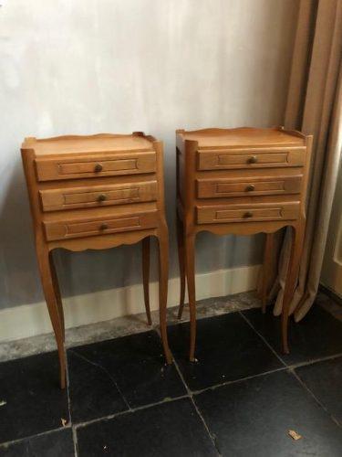 Welp antieke franse nachtkastjes hout | Beau & Co TB-67