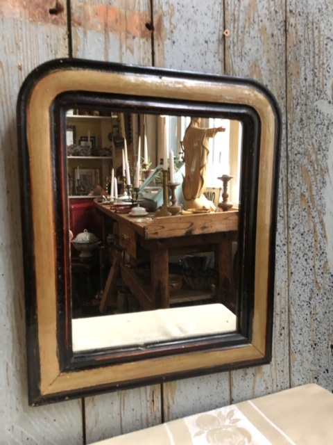 Oude Franse toog spiegel