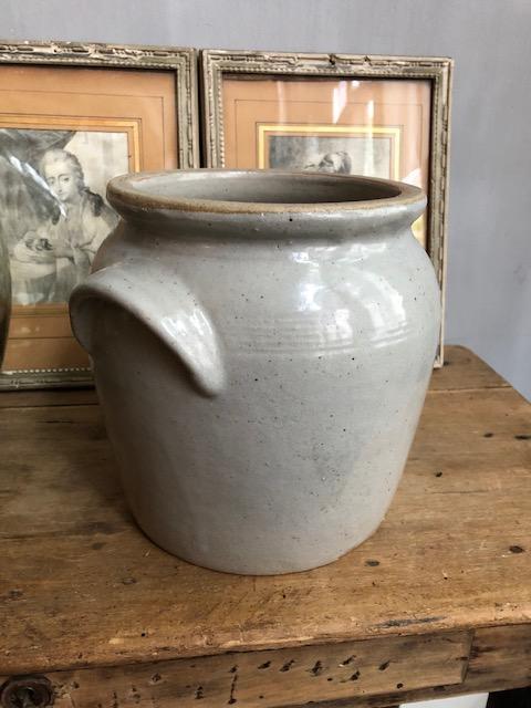 franse aardewerken grespot grijs