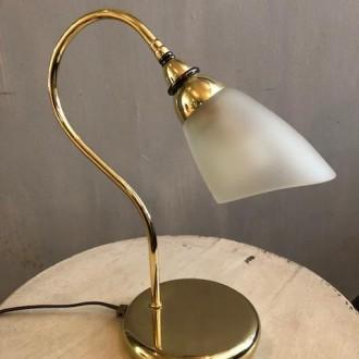 Messing bedlampje tafellampje met glazen kap