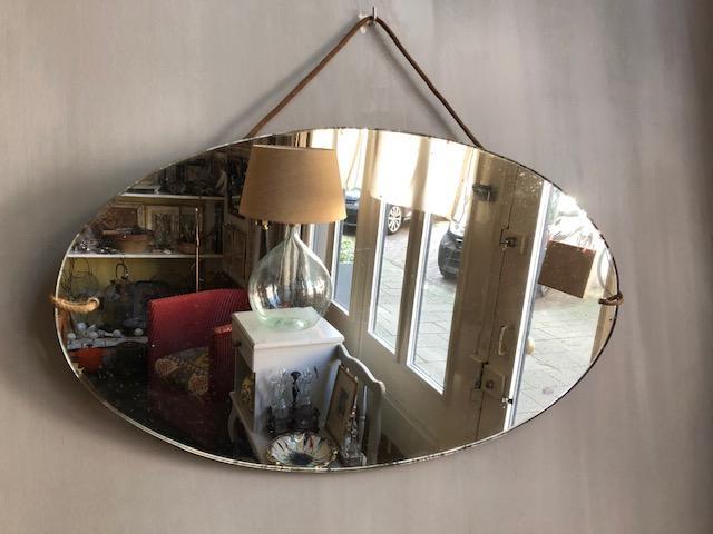 brocante franse oude ovale spiegel vintage