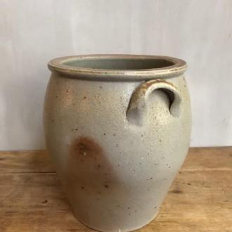 Franse grijze aardewerken pot