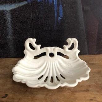 Wit geëmailleerd gietijzeren zeepbakje