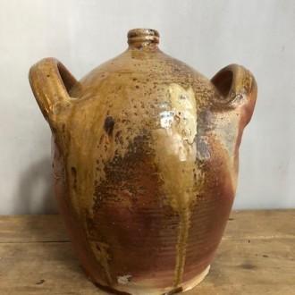 Antieke aardewerken kruik