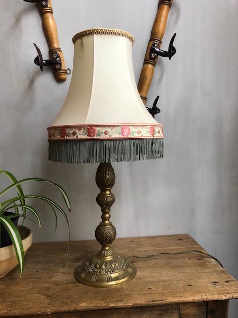 Franse tafellamp met bijzondere kap