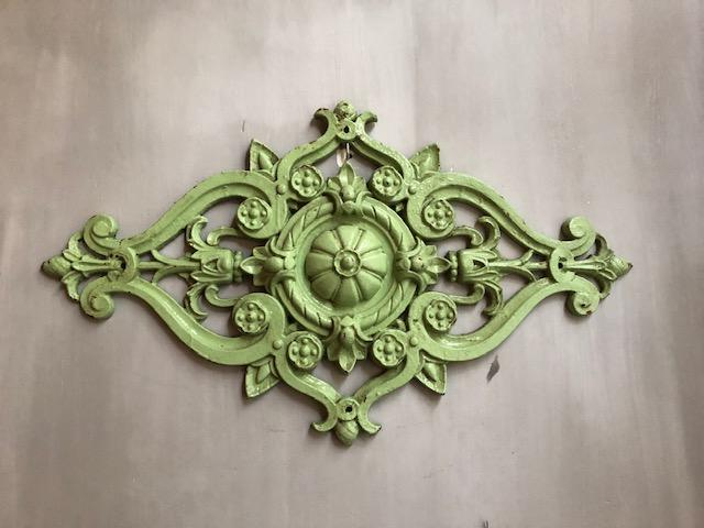 grote franse antieke ornamenten