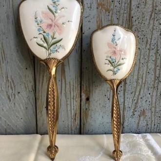 Vintage sierborstel en spiegel