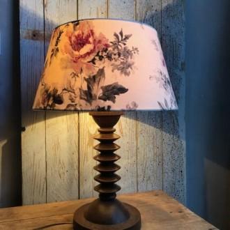 Franse vintage houten tafellamp met gedraaide voet