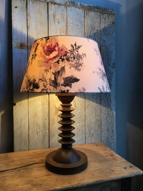 Vintage houten tafellamp