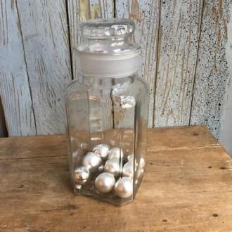 Antieke glazen voorraad of koekjes pot