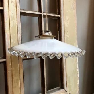Frans opaline hanglampje