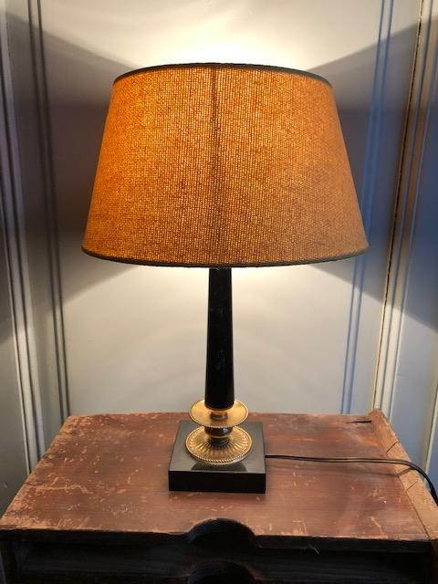 Franse lamp met oker gele kap