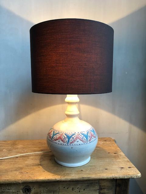 Franse aardewerken tafellamp