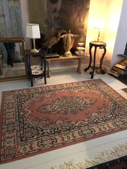 Vintage wollen carpet