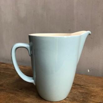 Aardewerken (melk)kan model Pierre (P. Regout Maastrichts aardewerk)