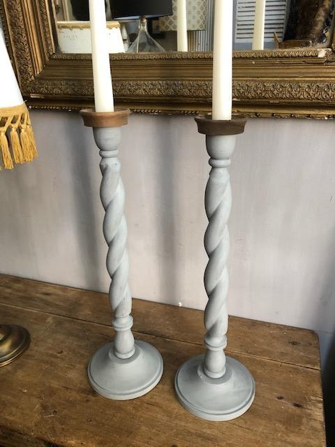 brocante houten kaarsenkandelaren