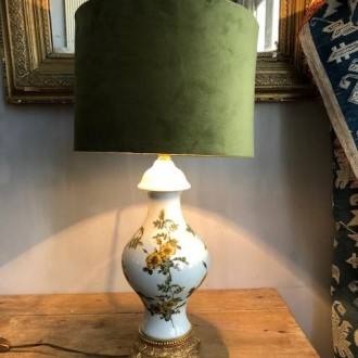 Franse tafellamp met nieuwe velours kap