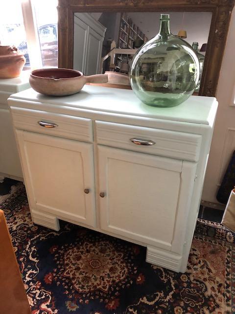 Vintage keukenkast of dressoir