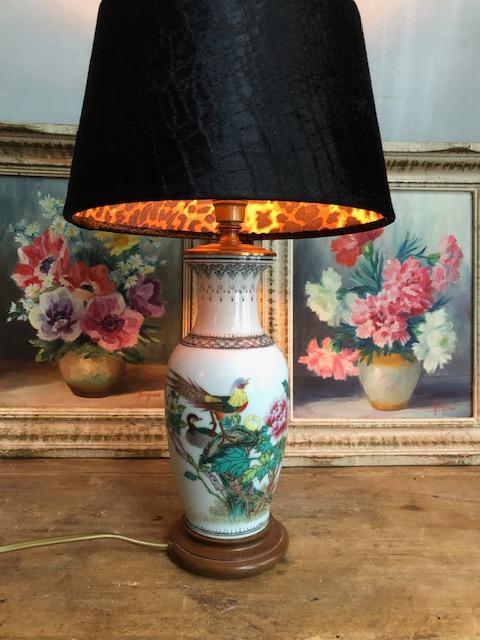 Chinese vaaslamp met bloemen