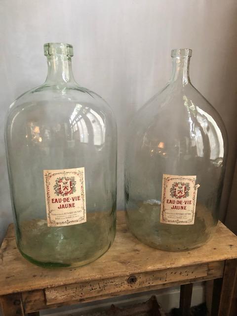 set grote Franse eau de vie flessen
