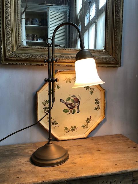 Oude messing kelklamp
