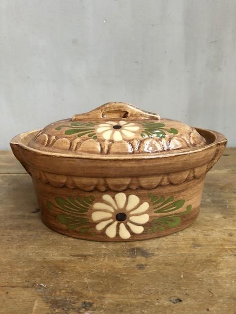 Oude aardewerken paté vorm