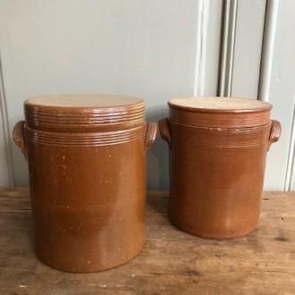 Aardewerken gres potten uit Frankrijk