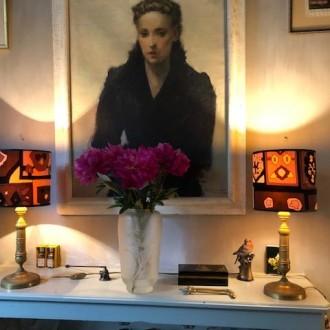 Antieke Franse tafellampjes met nieuwe velours kappen   Verkocht