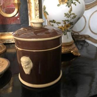Antieke Franse tabakspot geglazuurd aardewerk Satyr hoofd